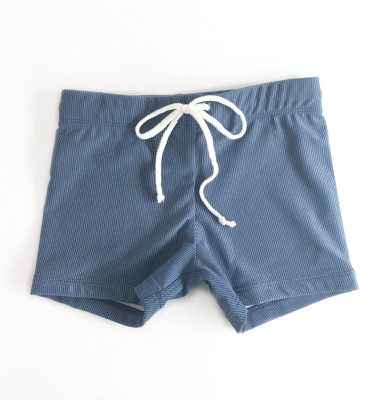 shortsbluebigsmall
